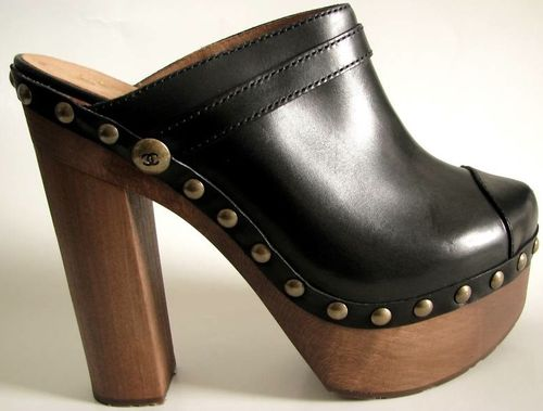 Chanel black 4