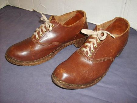 Shoes Wooden Leather 10.JPG