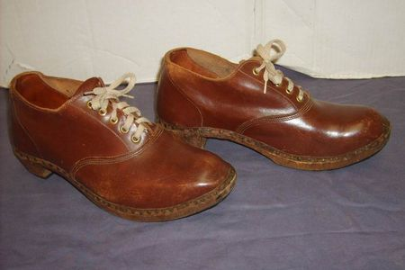 Shoes Wooden Leather 11.JPG