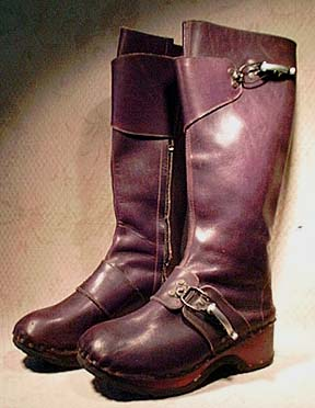 Famolare vint brn clog boots w fasteners