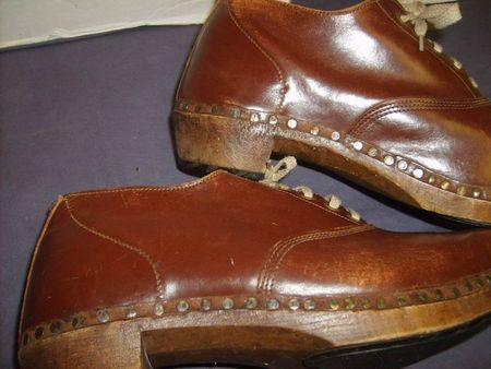 Shoes Wooden Leather 13.JPG