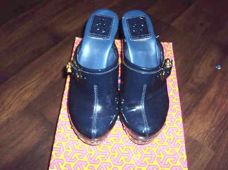 Tory burch navy 3