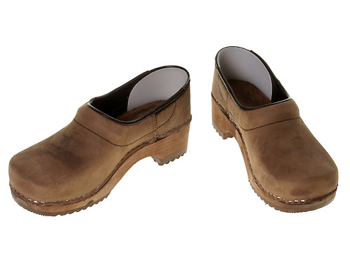 Nubuk-clog-brown