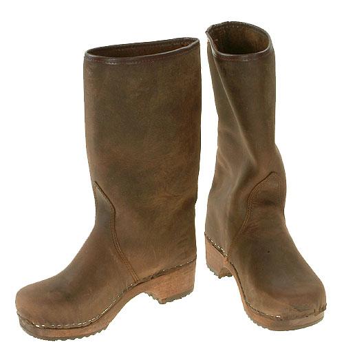 Nubuk-clog-brown