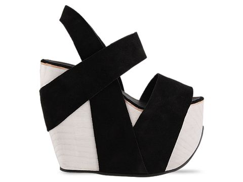 All-Caps-shoes-Geranium-(Black-White-Base)-010604