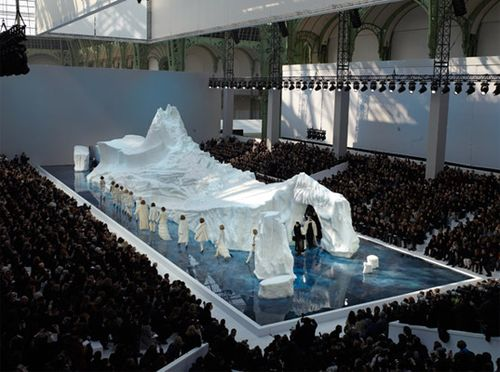 Chanel-fall-winter-2010-iceberg-1