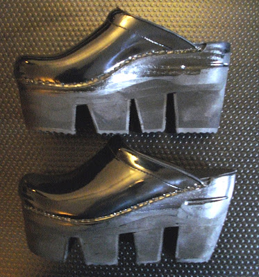 Jean's saw tooth clogs  Idiosyncratic Fashionistas