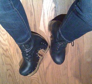 John fluevog-rainbow boots-04