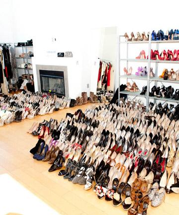 02-totalbeauty-logo-shoe-closet