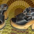 London underground sandals