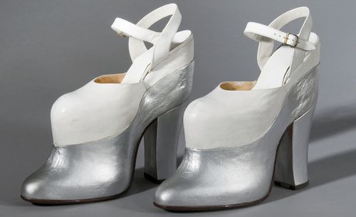 14_silver_leather_platform_shoes_custom-ddc83ef104fc441e2dd14ec57d6f00ed3a3bf5d9-s600-c85