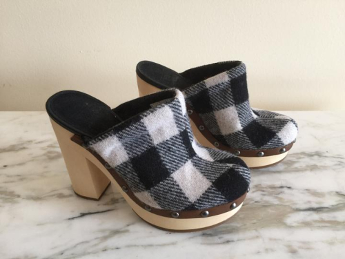 Woolrich-mules-2400931-1-2
